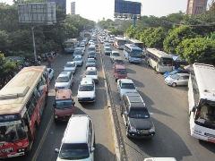 街中どこも大渋滞
