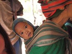 「世界子どもの日」には、遠く離れた国に暮らす世界の子どもたちにも心を寄せてみませんか