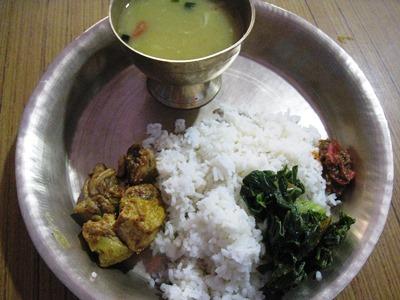 ネパールの国民食「ダルバート」