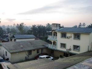 ホテルの窓からの眺め