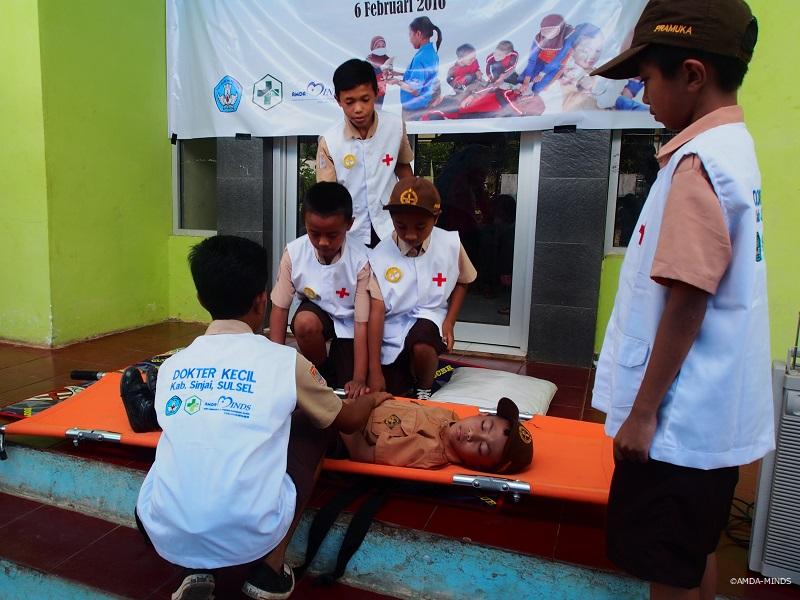 インドネシアで開催した救急処置研修
